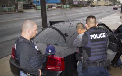 Los sospechosos fueron arrestados en sus hogares en los condados de Sant...