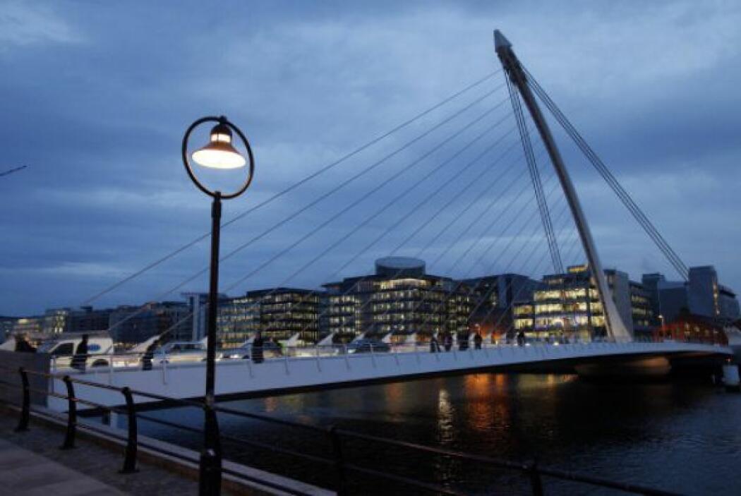 8. REPÚBLICA DE IRLANDA, con el 117 por ciento.