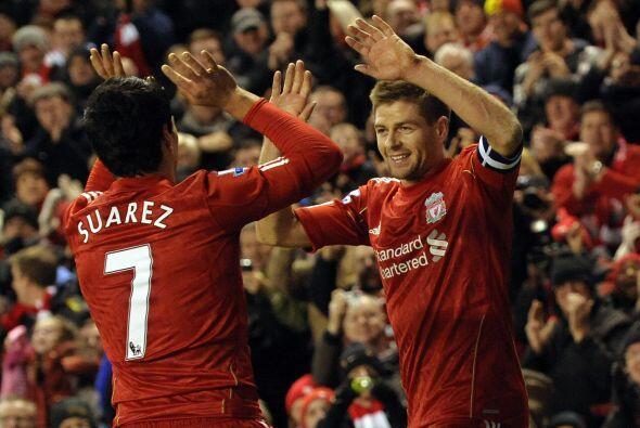 Llegó el tanto del 'Pistolero' y Liverpool avanzó con triu...