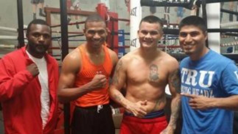 Marcos 'Chino' Maidana con sparrings de alto nivel (Foto: Twitter).