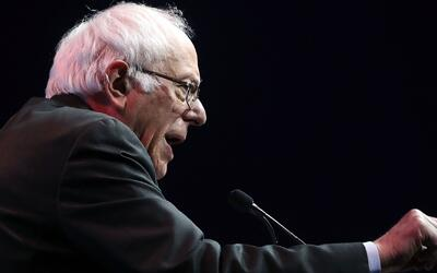 """Bernie Sanders responde al discurso de Trump: """"No le escuché hablar de s..."""