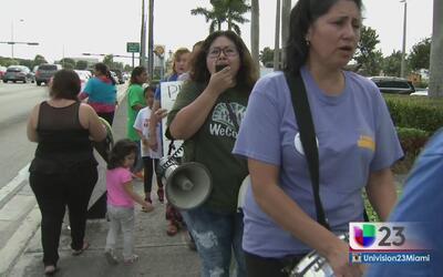 Inmigrantes protestan proyecto de ley en Florida