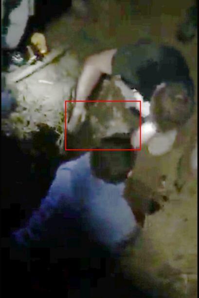 El incidente ocurrió en Sherborne, una zona comercial ubicada en el noro...