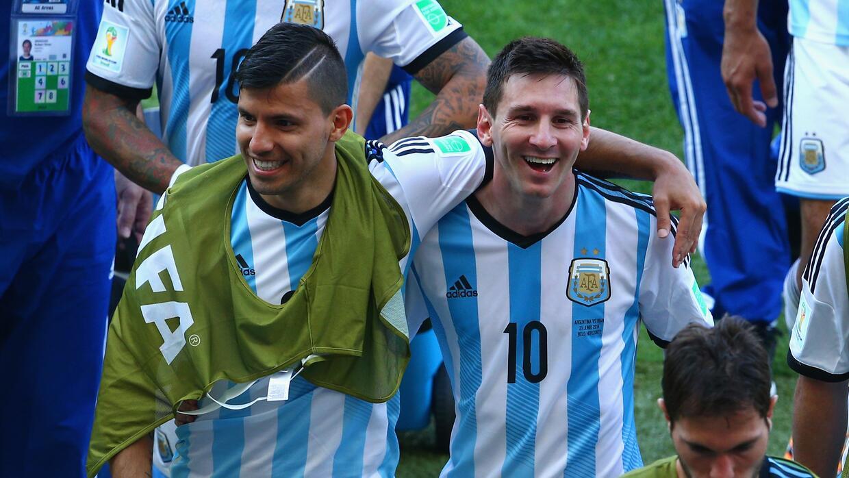El 'Kun' Agüero quiere llevarse a Messi al City
