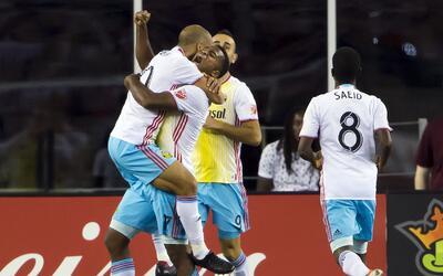 Columbus Crew celebra un gol ante New England