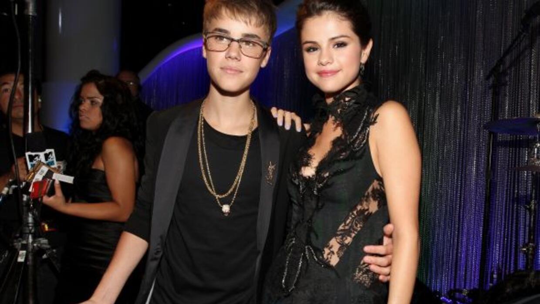 Justin presentó a su mascota durante la entrega de premios MTV a lo mejo...
