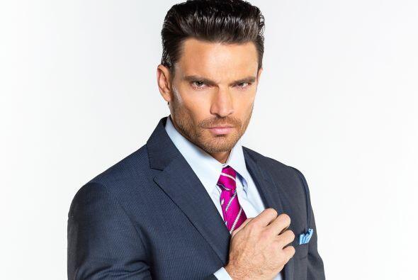 """Julián será """"Patricio Iturbide"""", un hombre muy ambicioso que tratará de..."""