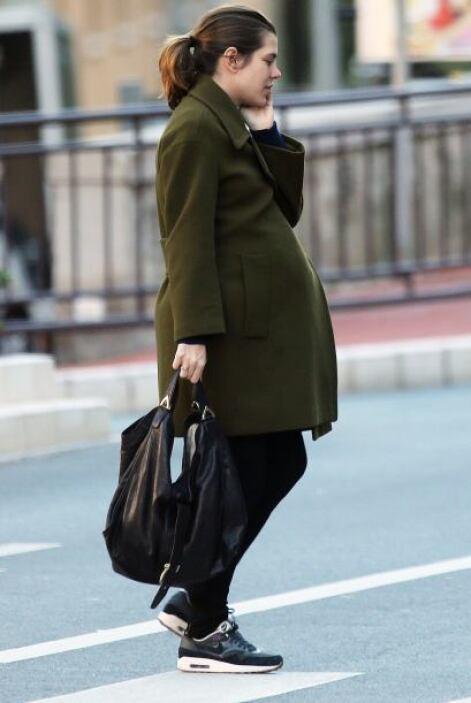 Nada que ver con el embarazo de Kate Middleton. Más videos de Chismes aquí.