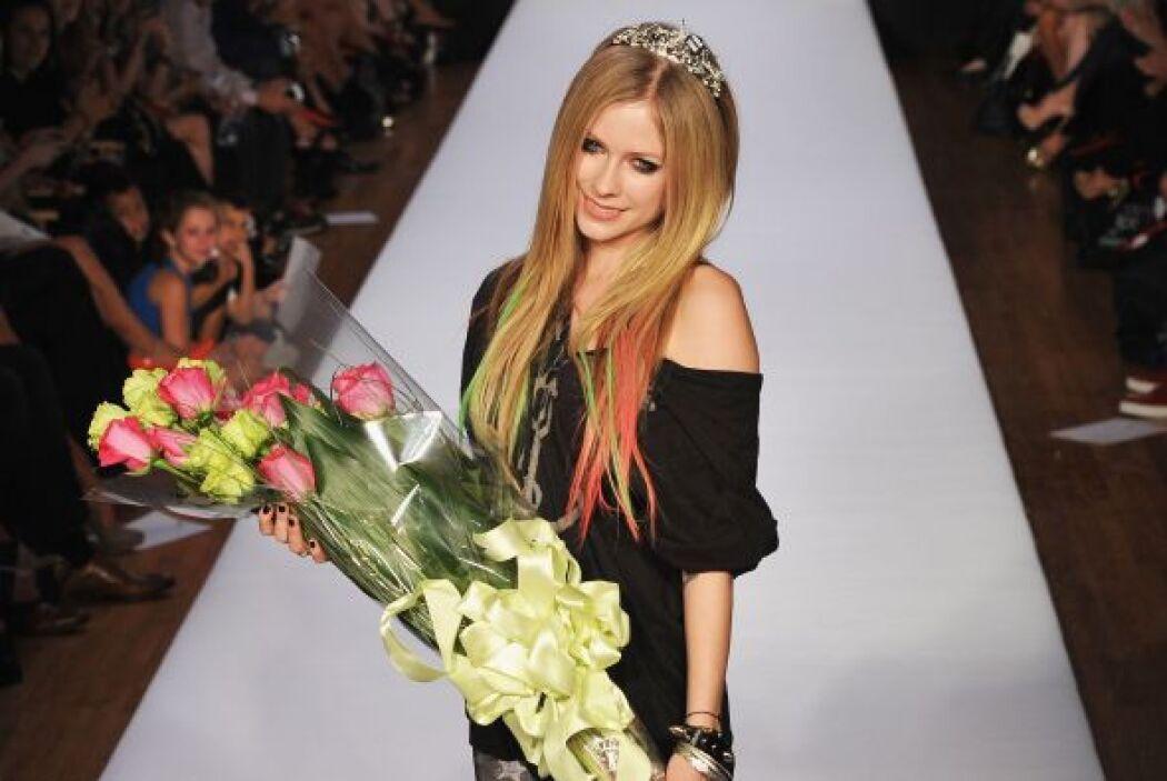 Gracias a su belleza la cantante también ha sido invitada a modelar para...