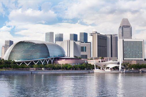 7. Singapur, Singapur. Salir a un restaurante en esta ciudad puede costa...