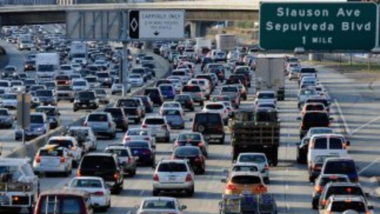 Grupos de libertades civiles temen que la base de datos de placas de aut...