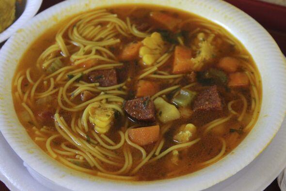 Asopao: es LA sopa puertorriqueña. Se prepara típicamente con pollo, ver...