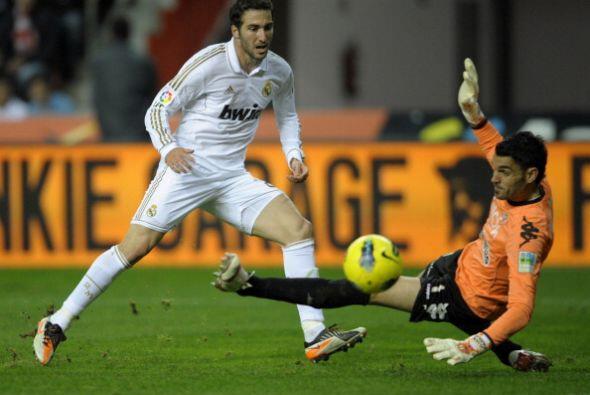 El 'pipita' Higuaín jugó de entrada pero se quedó c...