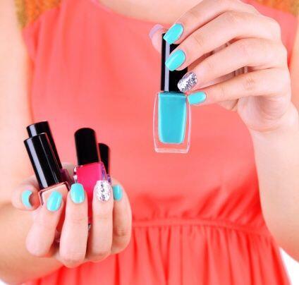 Para las uñas, los colores a los que les vas a apostar para 2014 serán l...