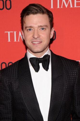 Justin Timberlake no se quedó atrás y fue el más guapo de la noche.