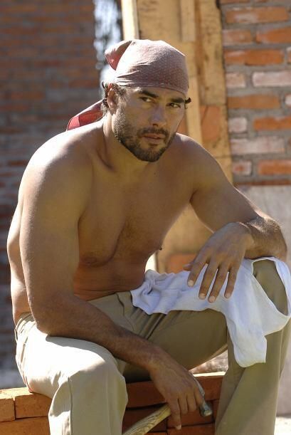 """Cuando lo vimos en la telenovela """"Fuego En La Sangre"""", Eduardo..."""