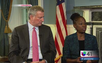 Bill de Blasio y su esposa atienden la salud mental de neoyorquinos