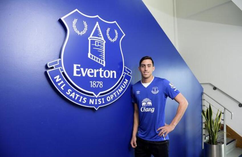 Rogelio Funes Mori ya es jugador del Everton