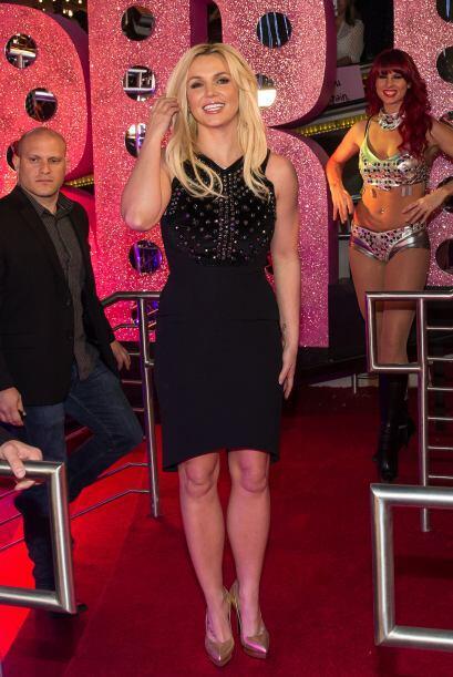 "La ""Reina del Pop"", Britney Spears por fin dejó la ropa deportiva encerr..."