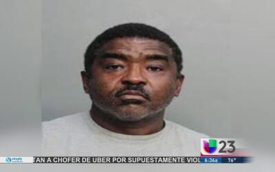 Arrestan a pastor de Florida acusado de tener una red de tráfico de adol...