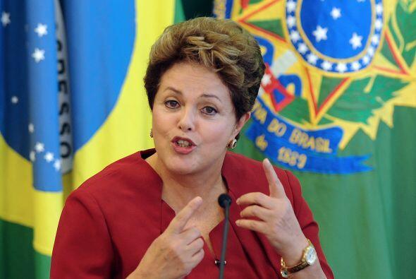 #6. Dilma Rousseff (@dilmabr). La presidenta de Brasil obtuvo su posició...