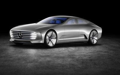 Mercedes-Benz presentó el Concept IAA durante la inauguración del Auto S...