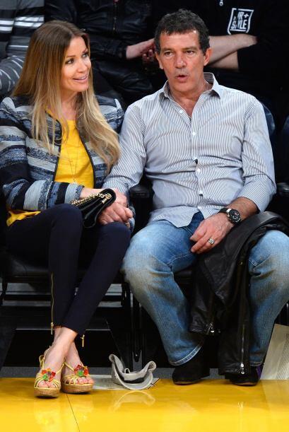 Aunque no lo crean,  Antonio Banderasy su novia, Nicole Kimpel, no esta...