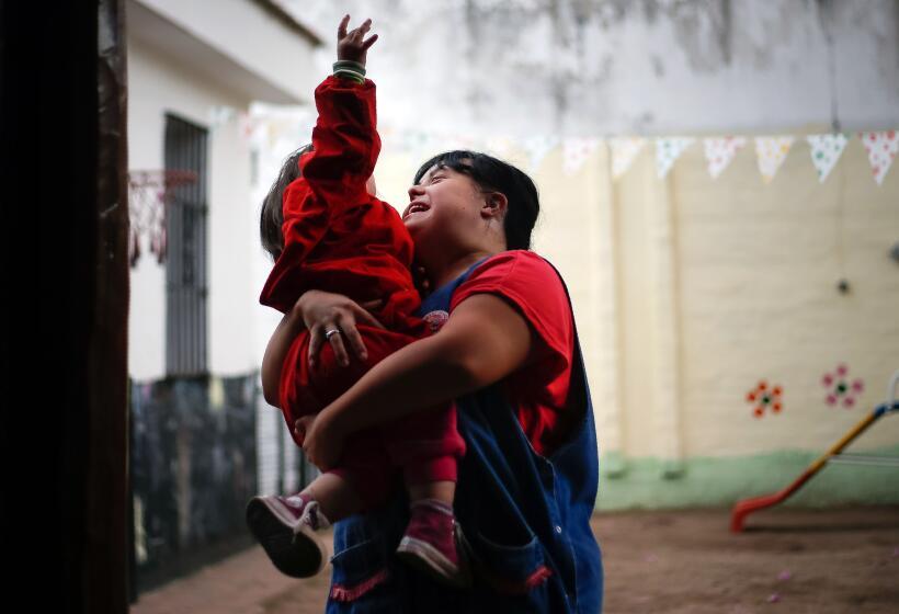 Noelia fue víctima de discriminación en la escuela por tener Síndrome de...