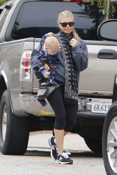 Fergie y Josh presumen al precioso Axl y ocasionalmente comparten fotos...