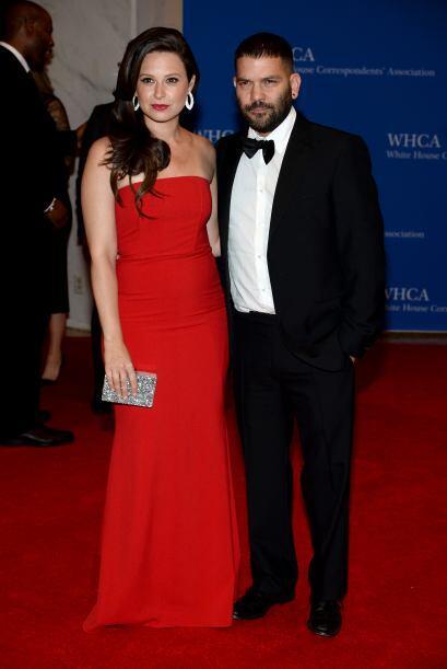 """Katie Loewes y Guillermo Diaz, de """"Scandal"""". Mira aquí..."""