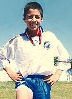 Luis Alberto Suárez Díaz nació en 24 de enero de 1987 en la ciudad charr...