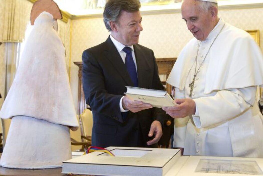 13 mayo: Recibió la visita del presidente colombiano, Juan Manuel Santos...