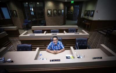 Tommy Vallejos es el primer comisionado hispano en Tennessee. Él represe...