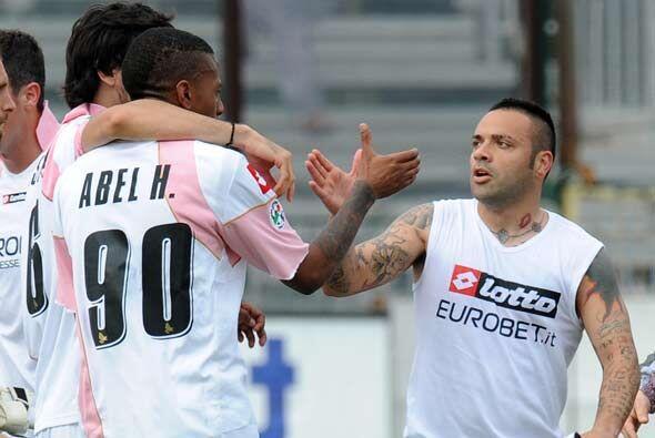 A tres minutos del final perdía, pero con goles de Abel Hern&aacu...