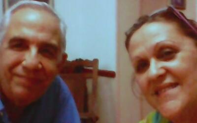 Residente cubano de Hialeah preocupado por sus padres, quienes quedaron...