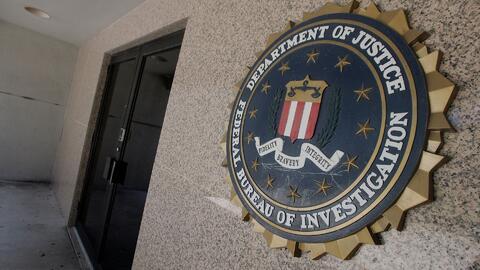 El FBI dice tener información sobre el uso de asesores de Donald Trump p...