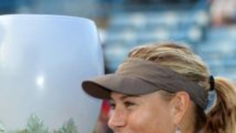 Sharapova es la tenista que más puntos ha sumado en 2011.