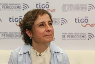Aristegui: Debemos lograr una revisión del poder sobre el periodismo