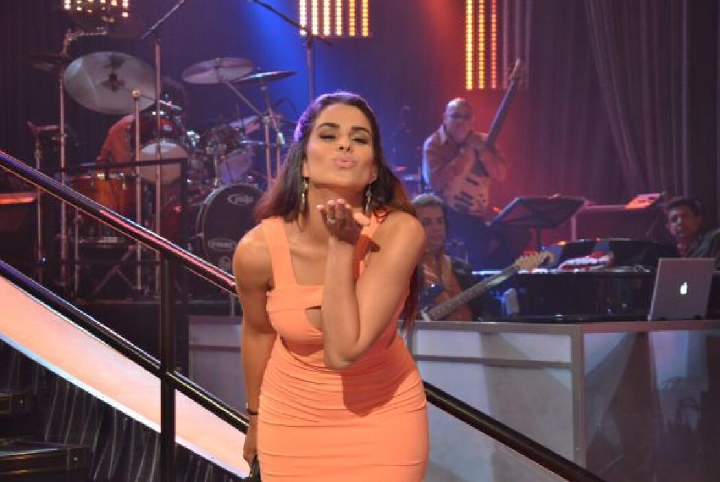 Vanessa le envió besos a sus seguidores, quienes siempre la apoyan y elo...
