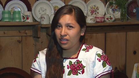 A Itzel Mauricio, una inmigrante mexicana, la obligaron a despertar de s...