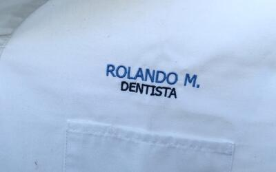Dentista sin licencia.