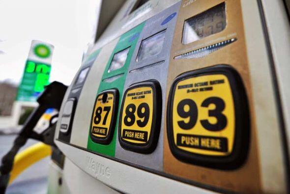 La gasolina que se vende hoy en todo el país ya viene mezclada con etano...