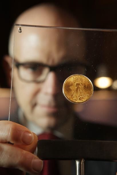 """La moneda, conocida como """"double eagle"""" por su doble valía de un """"eagle""""..."""