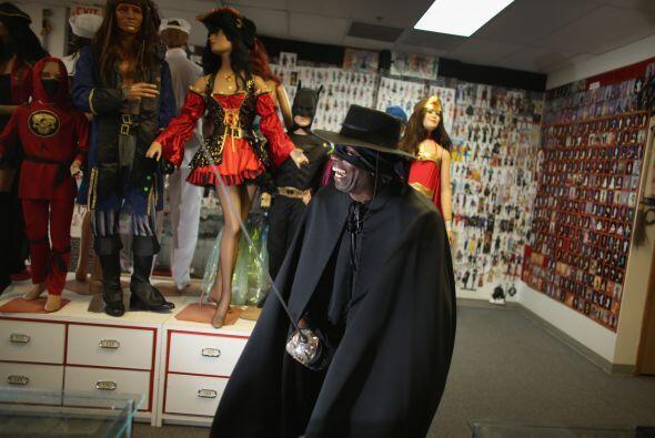 """El disfraz del """"Zorro"""" también es uno de los favoritos de la gente."""