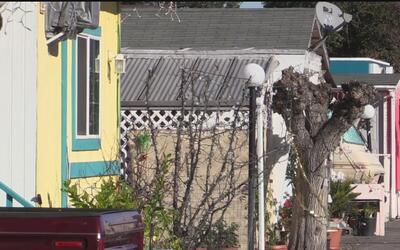 Residentes de casas móviles en Palo Alto evitan desalojo