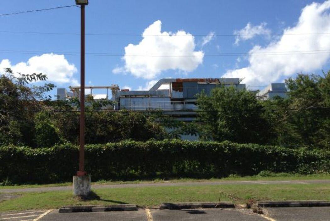 Una visita al área sur del Aeropuerto de Aguadilla por WKAQ reflejo el a...