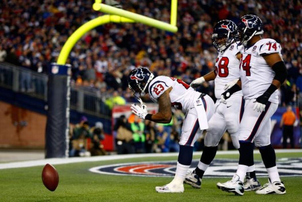 Los Texans pisaron el acelerador para alcanzar a su rival, anotando con...