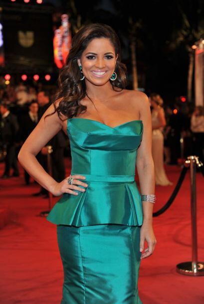 A Pamela Silva-Conde sí que le queda ese color. ¡Resaltó su belleza!