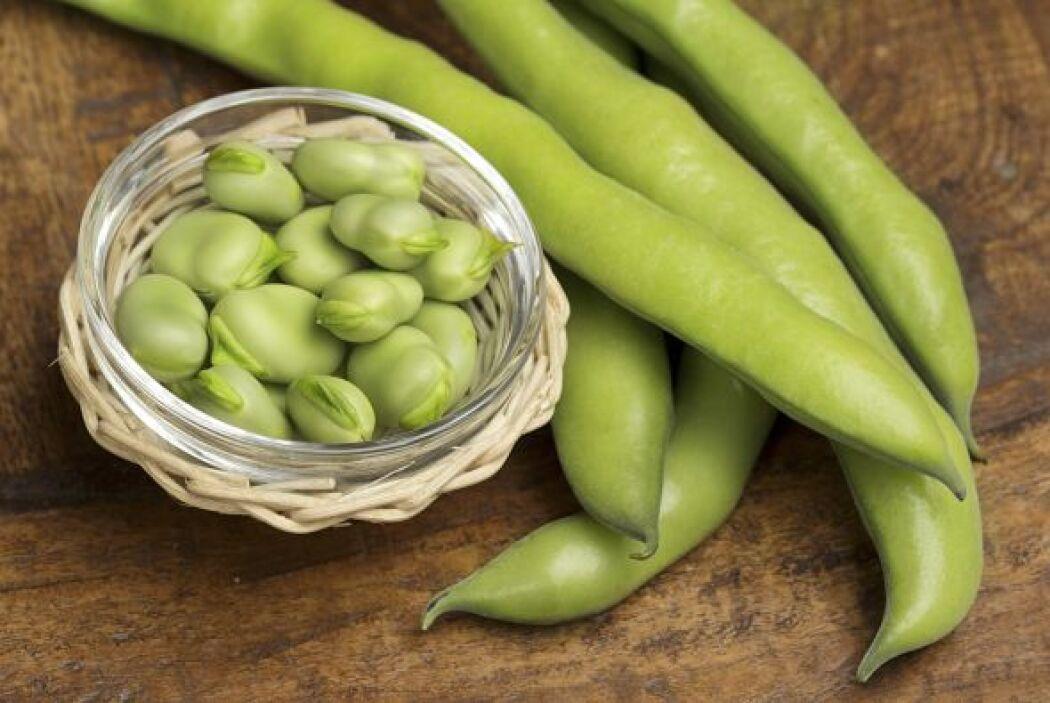 Soja y sus derivados y en menor cantidad el té verde, los guisantes, las...