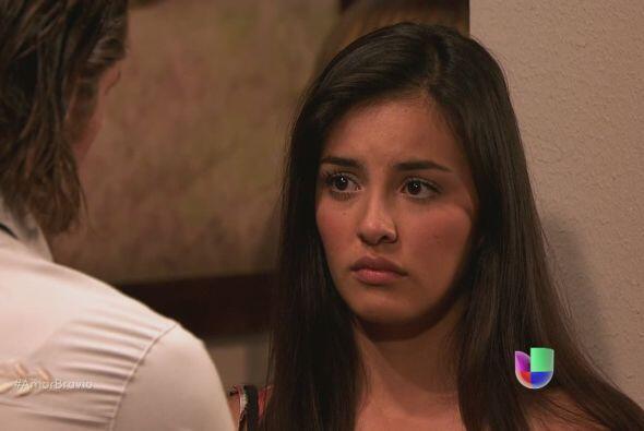 Pablo le dice a Luzma que respetará su decisión de alejars...